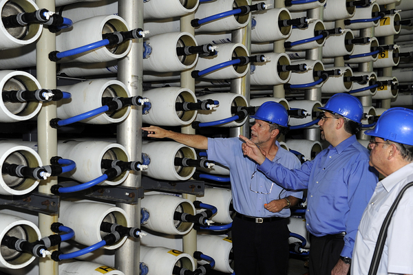 On July 26, Ambassador Daniel Shapiro visited and toured the Hadera Desalination Plant, the newest and most modern desalination facility in Israel, and the leading desalination plant in the world. During the visit, the Ambassador learned more about Israel's strategic decision in 1999 to develop a large scale desalination program which today contributes nearly 50 percent of the potable water used in Israeli households. The head of Israel's Desalination Program, Abraham Tenne, and the Exceutive VP of Special Projects Hadera plant, Fredi Lokiec, provided the Ambassador with a strategic overview of Israel's future plans for desalination and led a tour of the plant's key facilities. At the end of the tour, the Ambassador had the opportunity to sample a glass of high quality drinking water which only 90 minutes earlier had been salty sea water. Ambassador Shapiro commended Israel for its impressive technology and urged Israeli water officials to continue their constructive engagement in the region on desalination training under the auspices of the multilateral MEDRC (Middle East Desalination Research Center) program in which the U.S. plays a leading role.